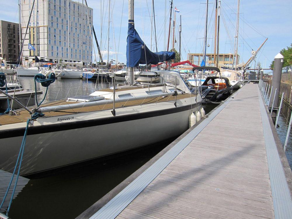 Marina-piers,-Krijn-Taconiskade(デッキリブ付)